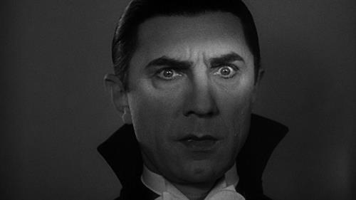 Dracula_TMDB-lG24tPjxUOO9AGv0VkzaZBiM9zP.jpg
