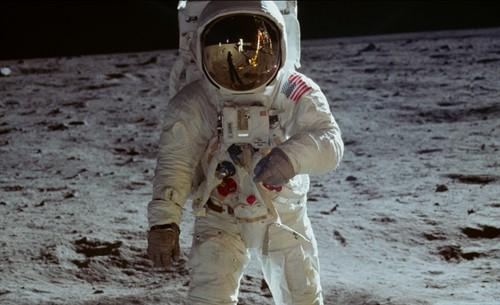 Apollo-11-3_thumb.jpg