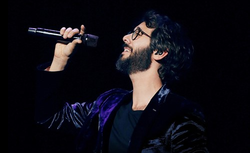 Josh-Groban-main_thumb.jpg